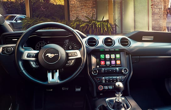 ford mustang equipamiento