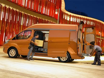 ford transit custom capacidad