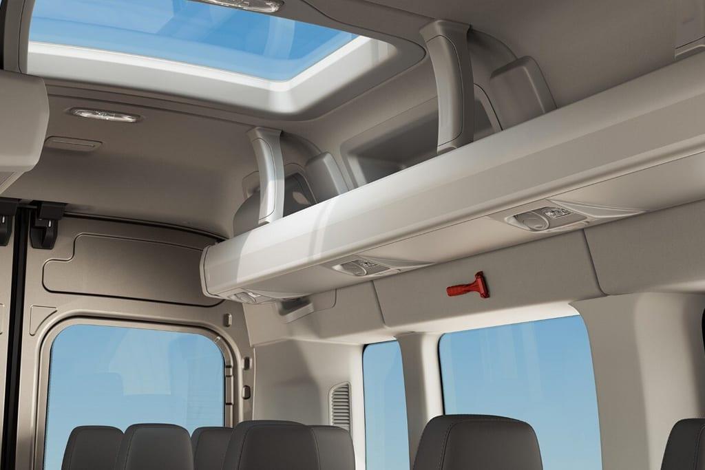 ford transit minibus diseño