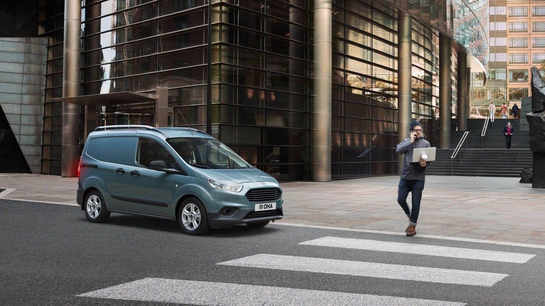 ford-transit-courier-precio-caracteristicas